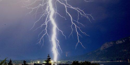cowichan bay lightning photo of the week